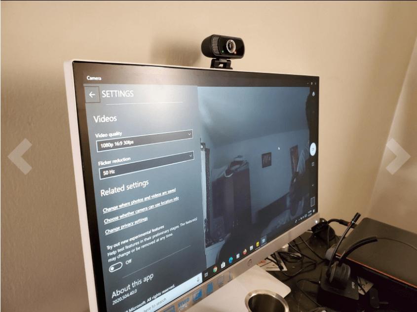 hrayzan webcam setup with the computer